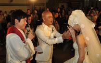 张卫健张茜1月12日举办童话婚礼