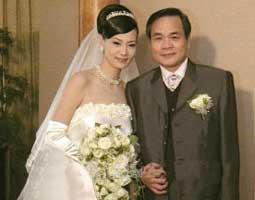 刘雪华结婚照曝光 自称婚姻生活非常幸福(组图)