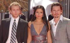 《九月的日子》首映 伊桑-霍克携男女演员亮相