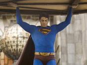 《超人归来》超人帅气姿态欣赏