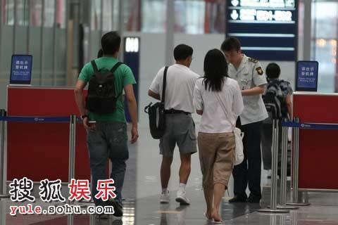 徐静蕾 黄觉为何选择在此时离开北京?