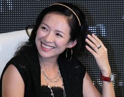 追星女杨丽娟拒绝葬父 向刘德华索赔50万(图)